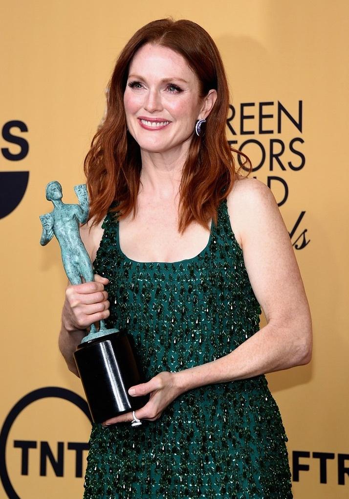 Đây là lần thứ 3 Julianne giành giải Nữ diễn viên xuất sắc nhất trong năm 2015 này.