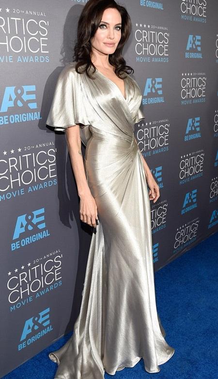 Angelina Jolie đụng mặt Jennifer Aniston tại lễ trao giải ở Mỹ