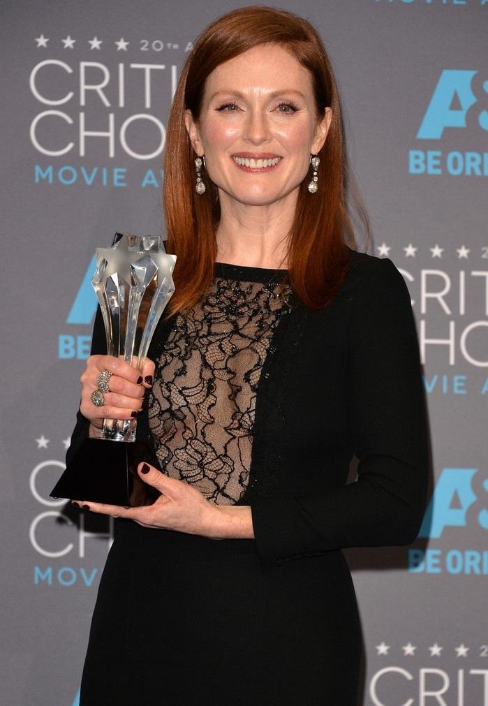 Julianne Moore giành giải Nữ diễn viên xuất sắc nhất