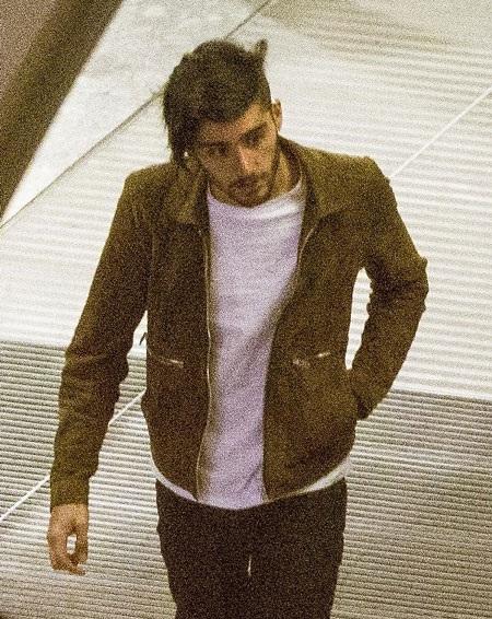 Tại sao Zayn Malik rời khỏi nhóm One Direction?