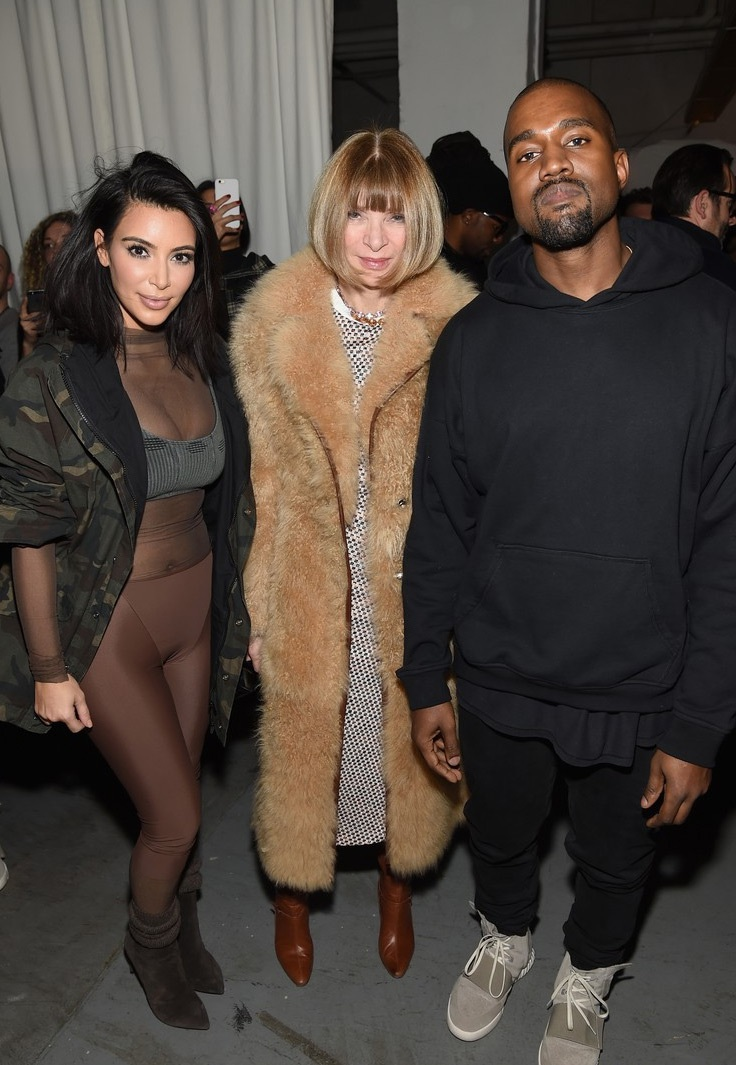 Bà Anna hết lời khen ngợi những thiết kế của Kanye West.
