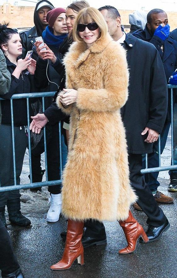 Bà tổng biên tập tờ Vogue - Anna Wintour là một khách quan trọng của tuần lễ thời trang New York.