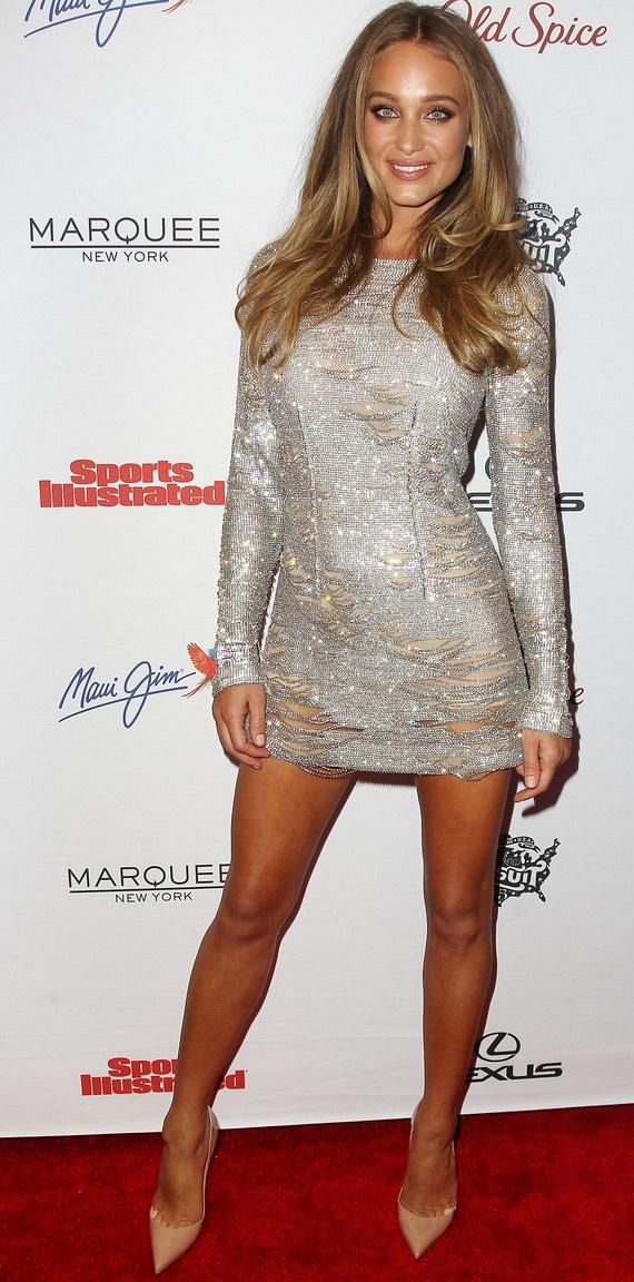 Hannah Davis - gương mặt trang bìa của tạp chí Sports Illustrated năm 2015