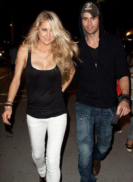 Anna và Enrique hiện đang sống chung tại ngôi biệt thự trị giá 26 triệu tại Miami.