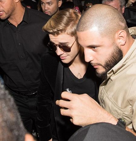 Justin Bieber cũng tranh thủ tới dự tiệc sau khi có mặt trên thảm đỏ Met Gala năm 2015.