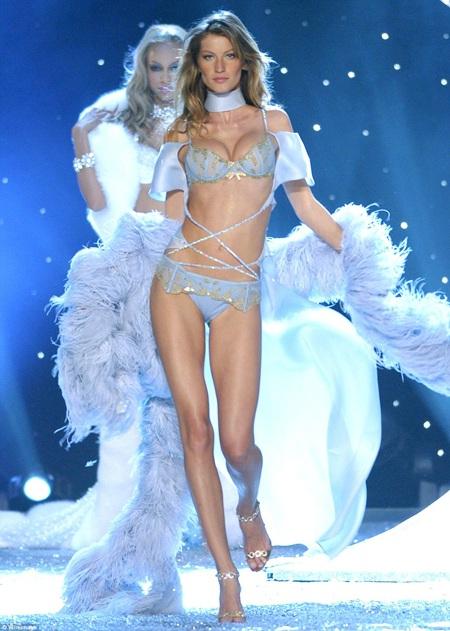 Gisele trở thành thiên thần của nhãn hiệu Victoria's Secret từ năm 2000 tới năm 2007.