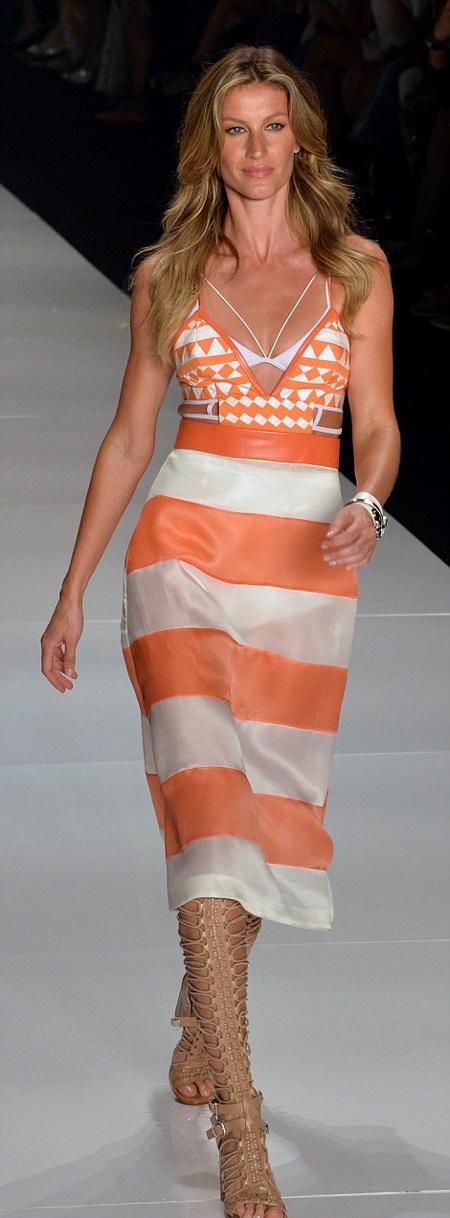Những sải chân cuối của Gisele Bundchen trong ngày chia tay nghiệp người mẫu