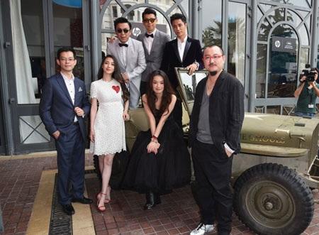 Angelababy và Thư Kỳ cùng các đồng nghiệp trong bộ phim