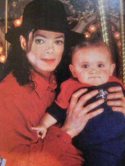 Choáng trước sự thay đổi chóng mặt của con trai Michael Jackson