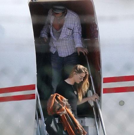 Vợ chồng Johnny Depp và Amber Heard đã có mặt tại Los Angeles, Mỹ, ngày 25/5.