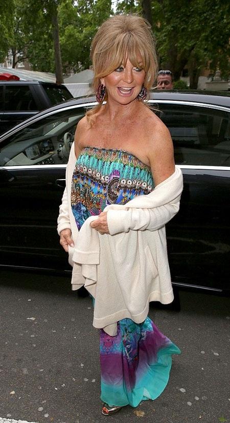 Mẹ con kiều nữ sở hữu nụ cười đẹp nhất Hollywood cùng đọ sắc