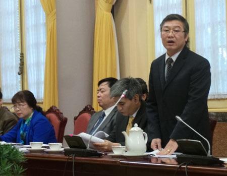 Phó Chánh án TAND Nguyễn Sơn tại cuộc họp báo công bố luật.