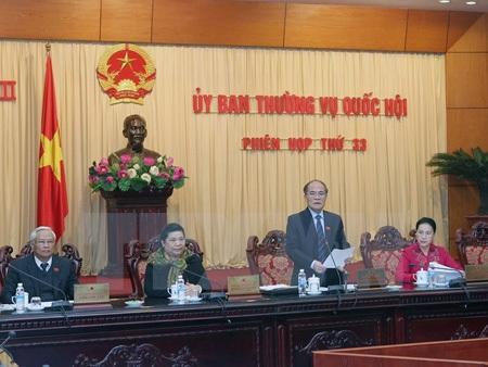 Chủ tịch Quốc hội Nguyễn Sinh Hùng chủ trì phiên họp thứ 33 của UB Thường vụ Quốc hội.