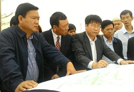 Bộ trưởng Thăng buộc hoàn thành nhiều cây cầu trong năm 2015