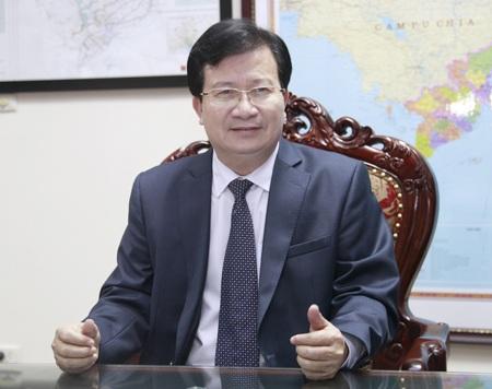 Bộ trưởng Trịnh Đình Dũng: Làm được dù chỉ một việc cho người dâncũng làrất tốt.