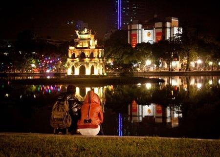 Hà Nội được xác định là thành phố trung tâm định vị văn hóa Việt Nam thời hội nhập.