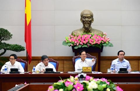 Thủ tướng phê bình 22 tỉnh chậm sửa đổi thủ tục về đất đai