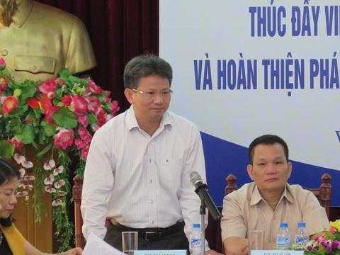 Phó Tổng Giám đốc BHXH Việt Nam Đỗ Văn Sinh phát biểu tại hội thảo.