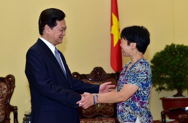 Thủ tướng tiếp GS Lưu Lệ Hằng tại trụ sở Chính phủ.