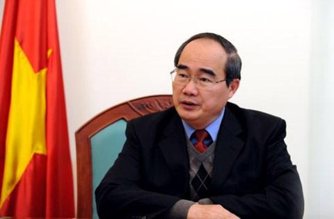 Uỷ viên Bộ Chính trị, Chủ tịch UBTƯMTTQ Việt Nam Nguyễn Thiện Nhân.