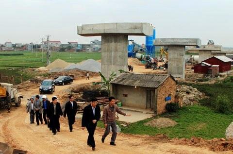 Thêm dự án xây dựng cầu Đông Xuyên và đường dẫn lên cầu tỉnh Bắc Giang sai phạm