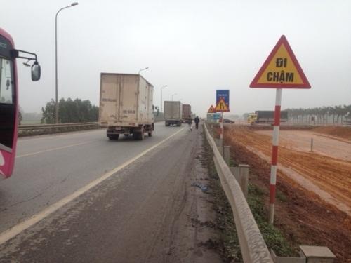 Quốc lộ 1A, khu vực xảy ra vụ tai nạn kinh hoàng.