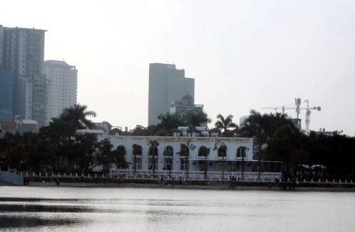 Công ty Hà Thủy cam kết hoàn thiện các hạng mục cộng đồng trên bán đảo Hoàng Cầu.