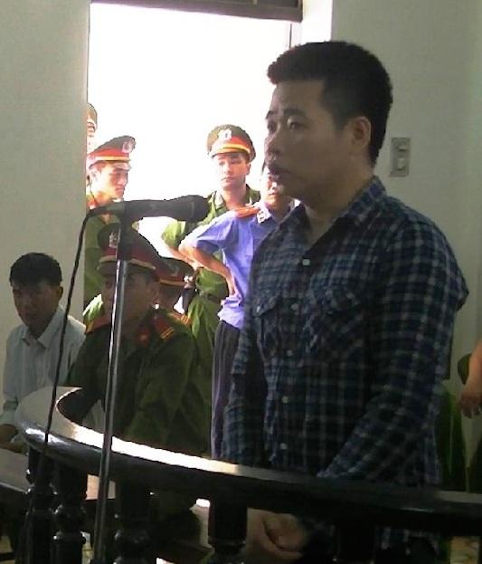 Bị cáo Đàm Thuận Thao bị quy kết cố ý gây thương tích bằng một chiếc dùi đục...tưởng tượng?