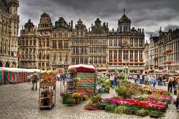 10 thành phố du lịch vạn người mê ở Châu Âu
