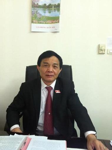 Đại biểu Mai Xuân Hùng