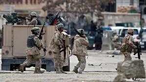 Cảnh sát Afghanistan đã có cuộc đấu súng hơn 3 giờ đồng hồ với những kẻ tấn công.