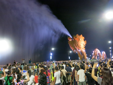 Đà Nẵng - Việt Nam (ảnh: Khánh Hiền)