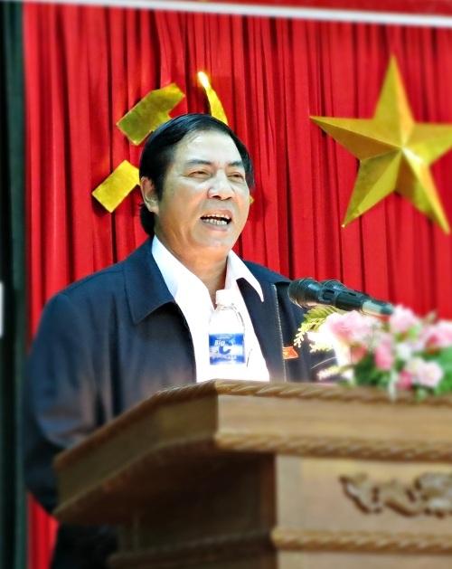 Ông Thanh phát biểu chủ trì trong một cuộc họp tiếp xúc cử tri ở Đà Nẵng