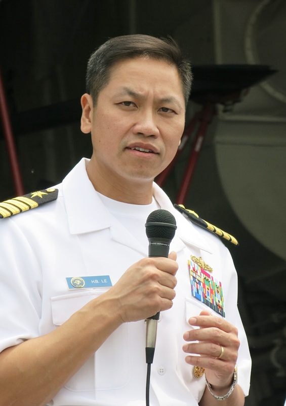 Lễ đón tàu được tổ chức trọng thể ngay tại cảng Tiên Sa