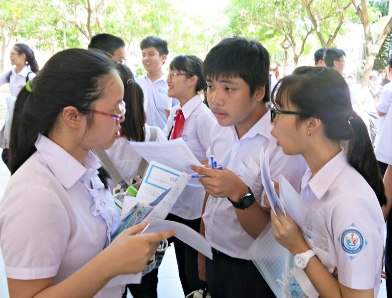 Thí sinh thi vào lớp 10 năm học 2015-2016 tại Đà Nẵng