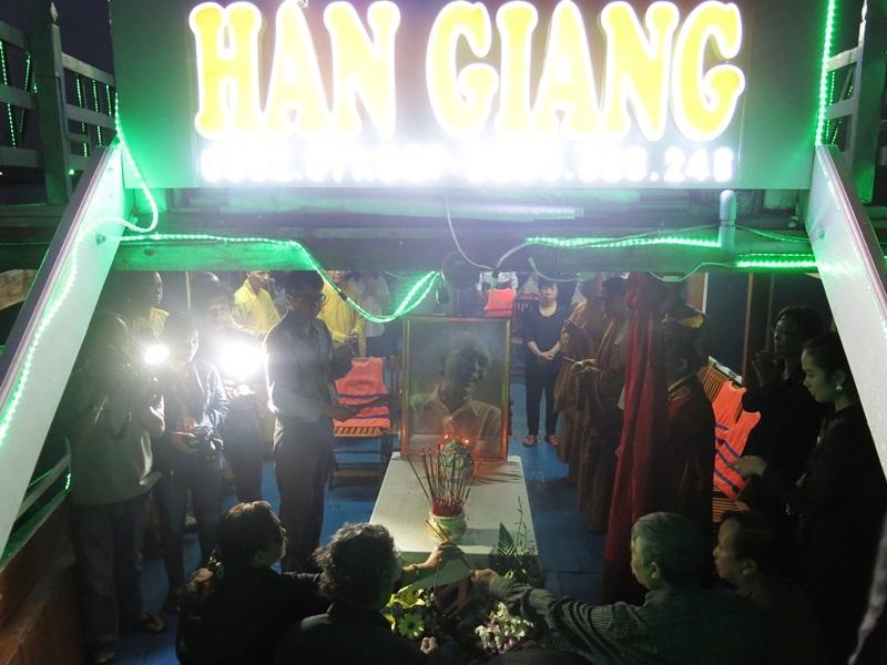 Lễ thuỷ táng cố nhạc sỹ Phan Huỳnh Điểu bắt đầu từ 4h30 sáng 10/7
