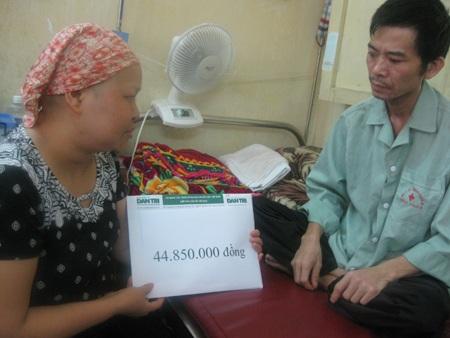 Hơn 44 triệu đồng đến với hai vợ chồng mắc bệnh ung thư