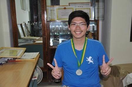 Thoải mái sau kết quả đạt được từ cuộc thi Olympic Tin học quốc tế.