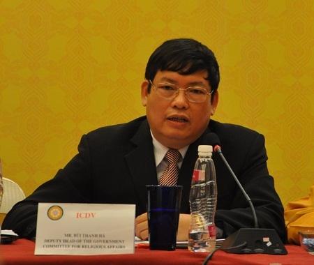 Ông Bùi Thanh Hà – Phó ban tôn giáo chính phủ trả lời báo chí.