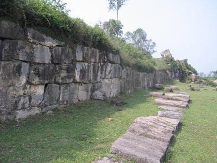 Thành nhà Hồ đã được công nhận di sản văn hoá thế giới    - 2