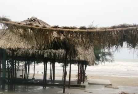 3 người thiệt mạng, lốc xoáy tốc mái, mưa ngập hàng trăm nhà dân - 7