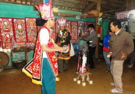 Tết nhảy được tổ chức trong 3 ngày 3 đêm liên tục.