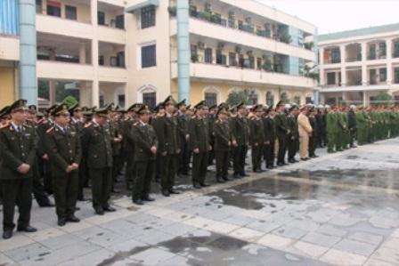 Công an Thanh Hoá ra quân thực hiện nhiệm vụ bảo vệ an ninh dịp Tết.