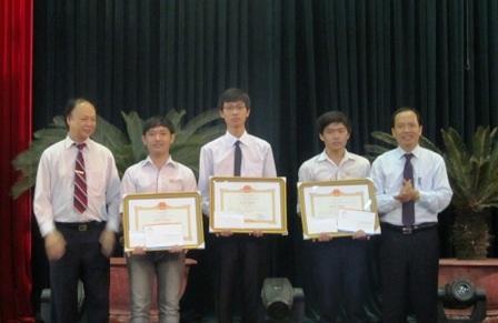 Thanh Hóa: Trao thưởng hơn 60 học sinh đạt giải quốc gia