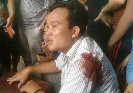 Anh Lê Văn Ngọcđang tường trình với cơ quan Công an.