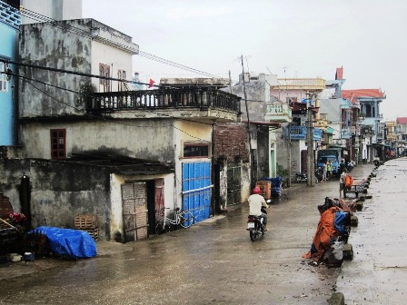 Ven biển Ngư Lộc, Hậu Lộc Thanh Hóa trưa ngày 10/11.