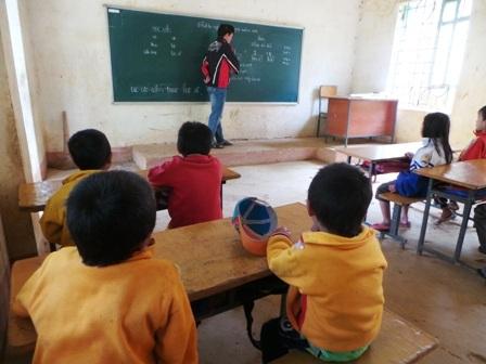 Học sinh vùng đặc biệt khó khăn đã được nhận gạo hỗ trợ học tập dù đã kết thúc học kỳ 1.