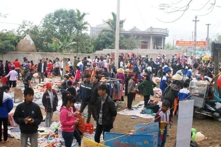 Phiên chợ độc đáo này mỗi năm chỉ họp một lần