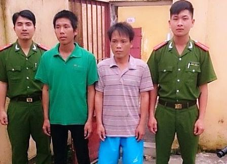 Công an huyện Hậu Lộc bắt 2 đối tượng chuyên trộm cắp xe máy.
