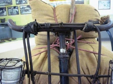 Cận cảnh chiếc xe đạp thồ đạt kỷ lục của ông Trịnh Ngọc - dân công xe đạp thồ Thanh Hóa.
